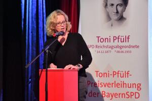 Toni Pfülf 2