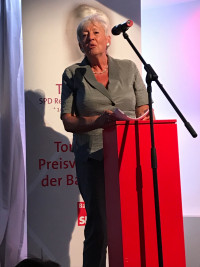 Toni Pfülf 6